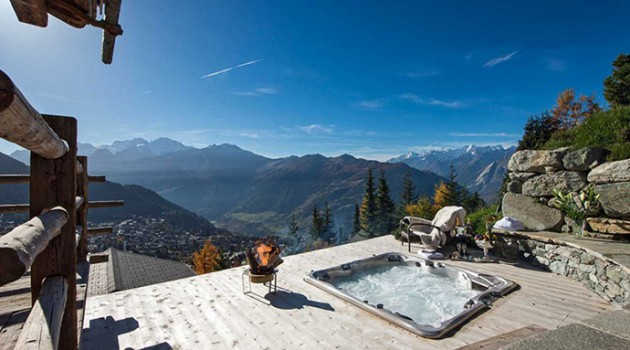 Chalet Trois Couronnes – Beautiful Resort with Spectacular Views, Switzerland