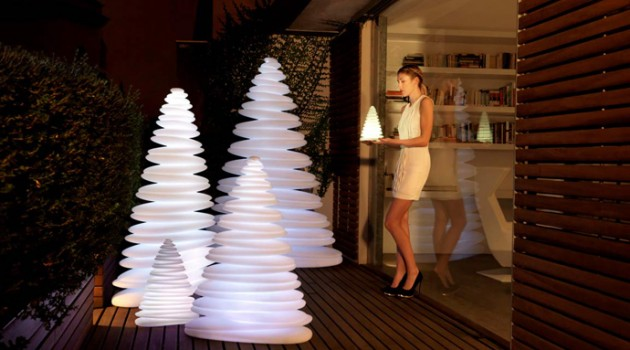 Chrismy Christmas Tree Lamp for Modern Homes