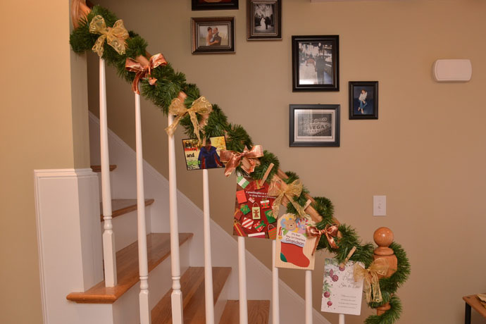 30 beautiful christmas decorations that turn your staircase into a fairy tale - Christmas Decorations For Stair Rail