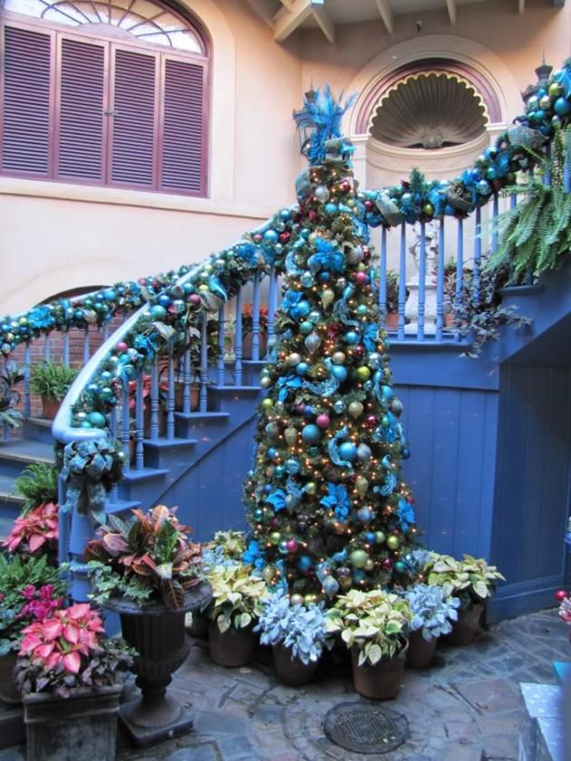 Architectureartdesigns staircase christmas deco