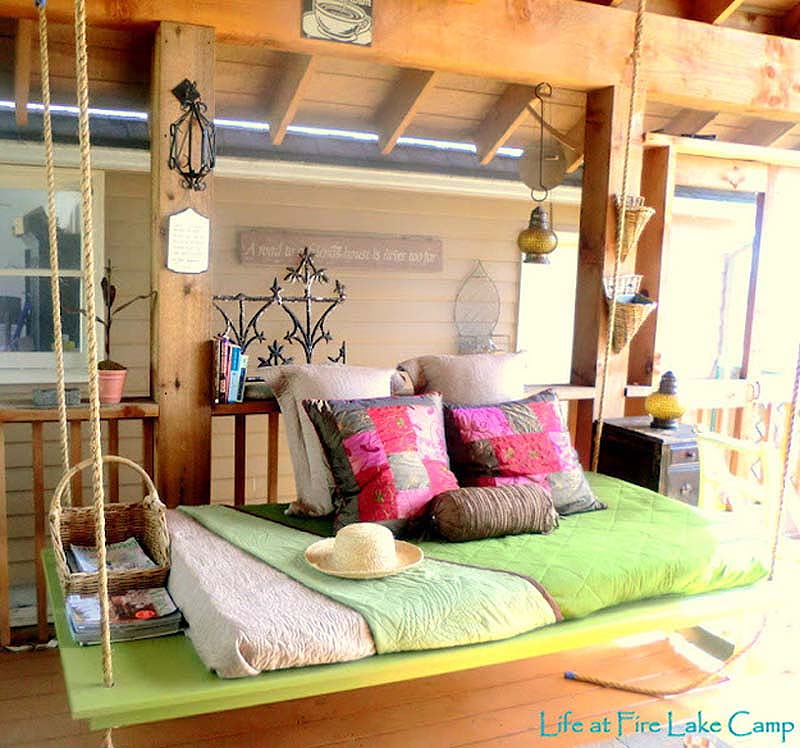 27 Cool Ideas For Your Bedroom on Small Room Pallet Bedroom Ideas  id=13156
