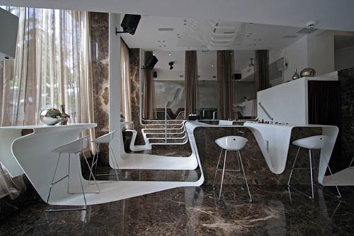 Restaurants And Coffee Shops With Beautiful Interior Design