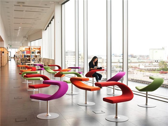 Innovative Classroom Lighting : Ways of sitting in public spaces