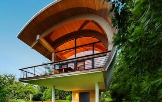 Incredible Hammock-Shaped Design Of a Guest House