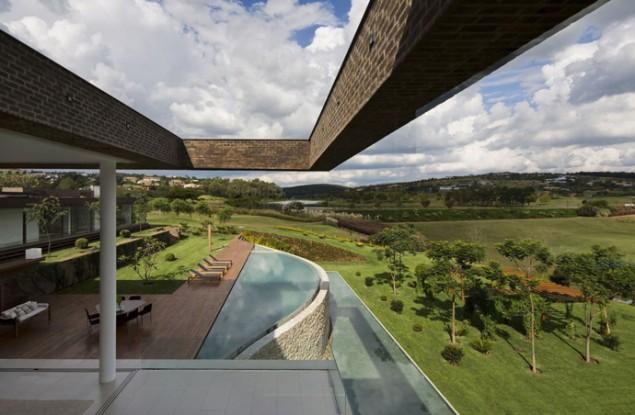 Casa HS, São Paulo, Brazil : Grandiose, Remarkable Modern House by Studio Arthur Casa.