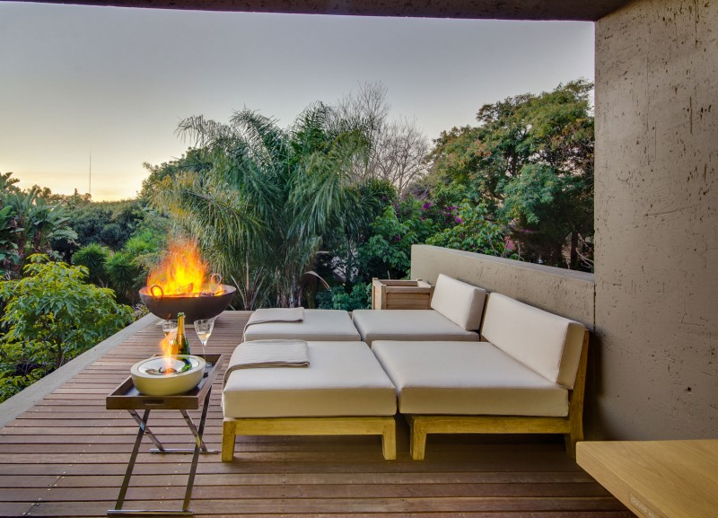 Magnificent And Inconceivable Residence by Nico van der Meulen @ Ferndale, Johannesburg