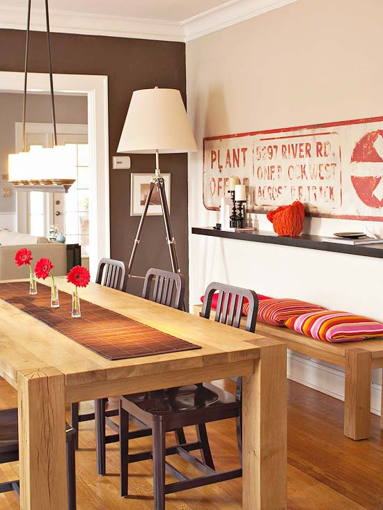... Examples Of Dining Rooms In Small Spaces