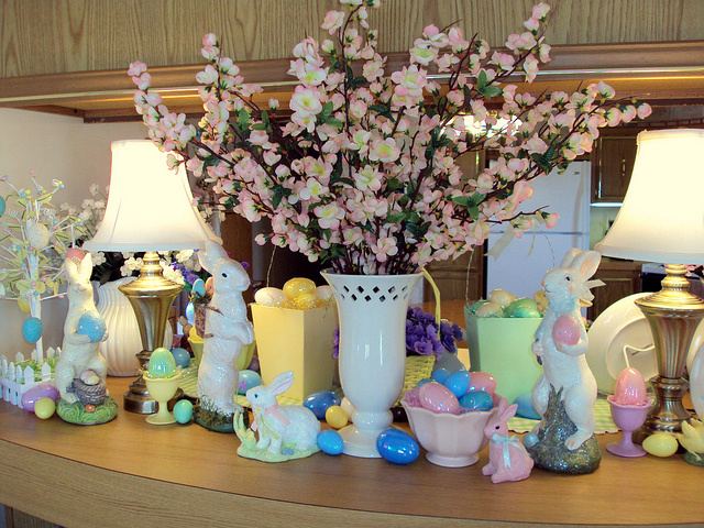 8 Easter House Decorations