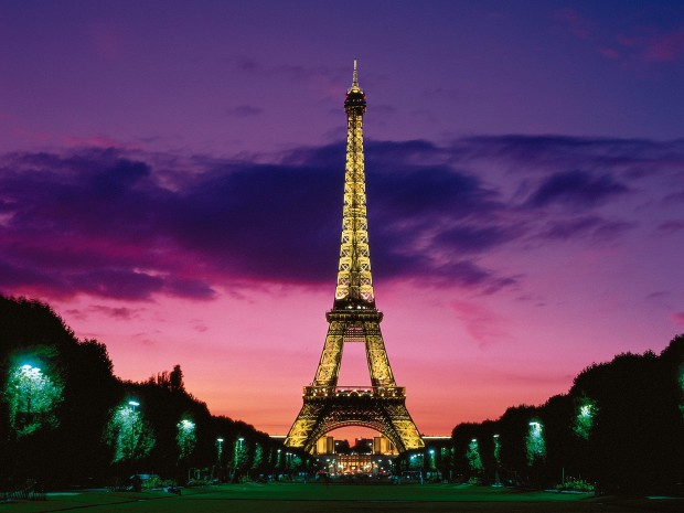 Top 10 places you must see in town of love Paris, France