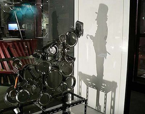 25 Amazing Examples Of Shadow Art