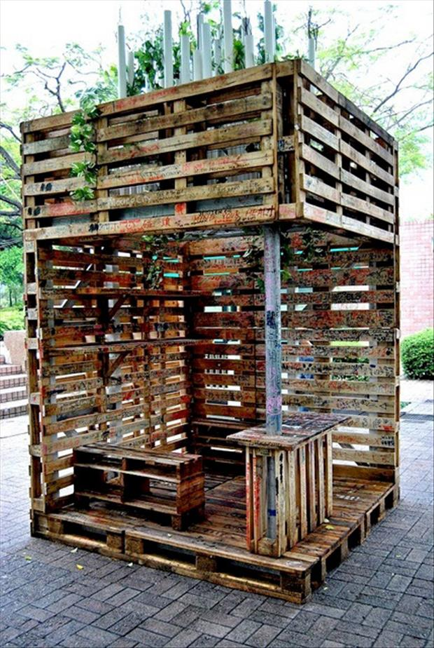 28 Amazing Uses For Old Pallets Home Ideas Modern