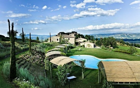 Breathtaking Antique Villa @ Italian Countryside