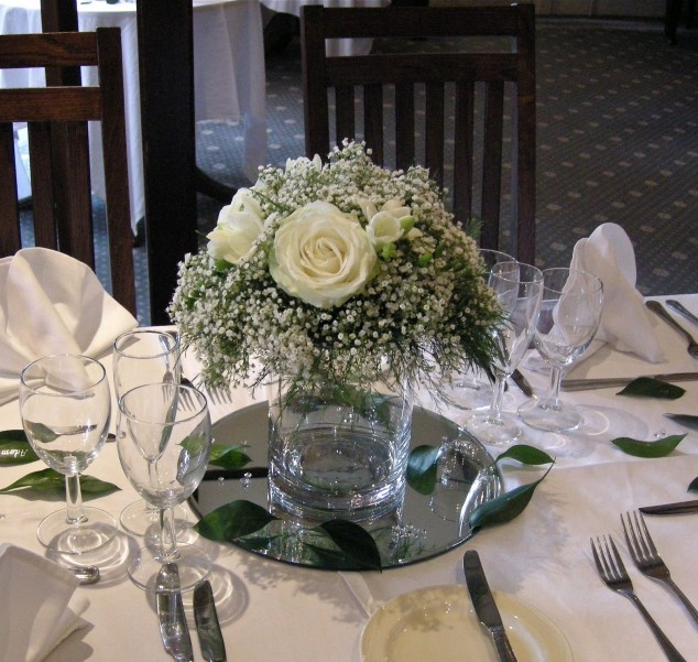 27 luxury arrangements for your wedding table decoration for Bridal table arrangements
