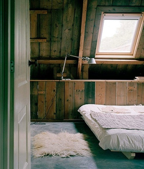 Simple Decorating Ideas To Make Your Room Look Amazing: 36 Rustic Barns Bedroom Design Ideas