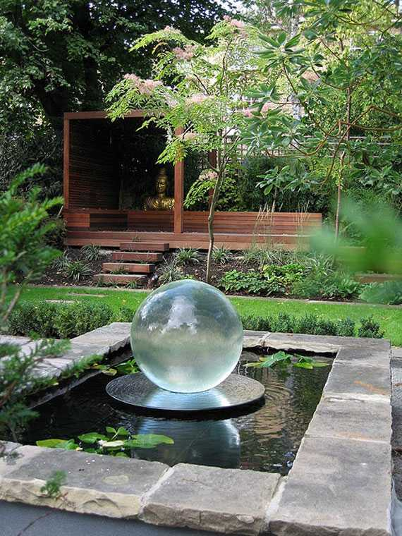 30 beautiful backyard ponds and water garden ideas for Backyard ponds and water features