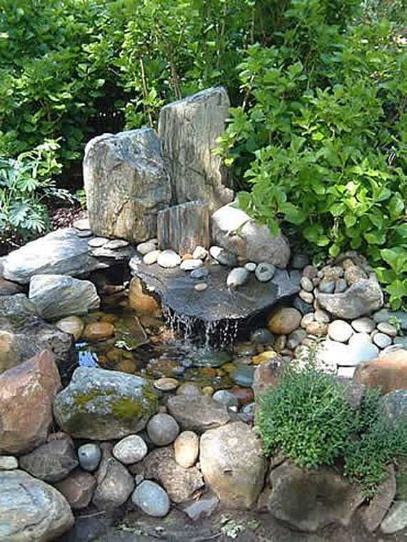 30 beautiful backyard ponds and water garden ideas for Water feature ideas for small gardens