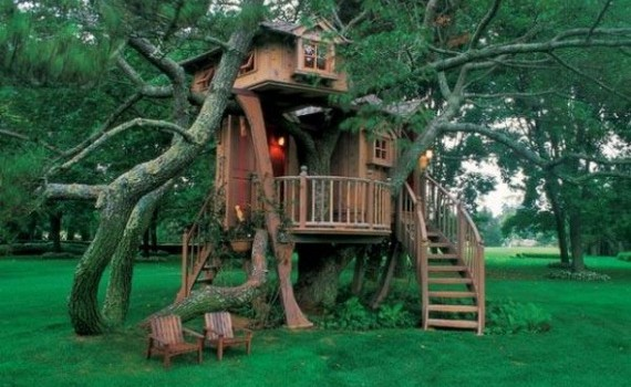 Dreamy Outdoor Tree Houses For You And Your Kids