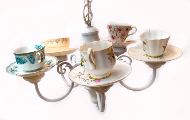 40 Ideas of How To Reuse Tea Cup Artistically