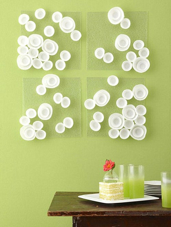 DIY-cupcake-wrapper-wall-art