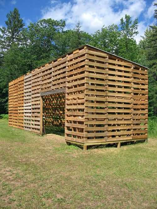 20 Inventive Ways To Upcycle Shipping Pallets