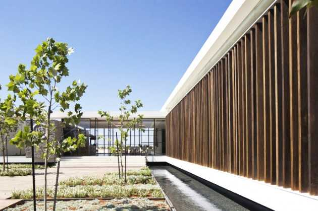Contemporary Pavilion 2012 Residence by Pitsou Kedem Architects, Israel