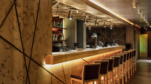 Modern Concrete Restaurant – Yunakov Architects