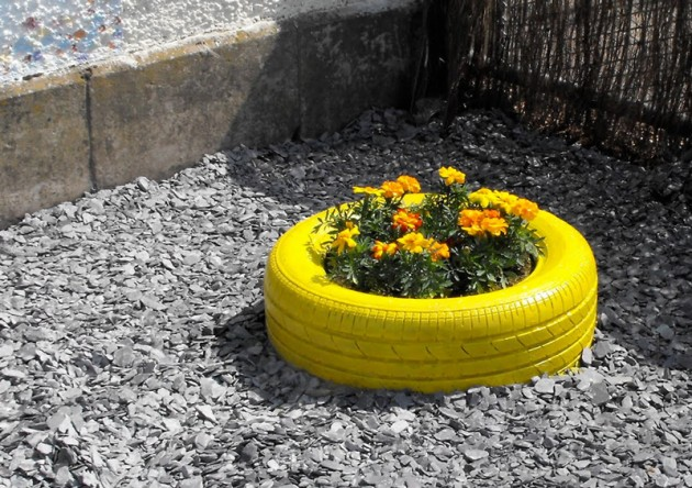 mrkate._com_2013_01_31_diy-upcycled-tires