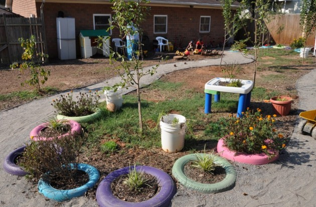 naturalearning._org_content_painting-tire-planters