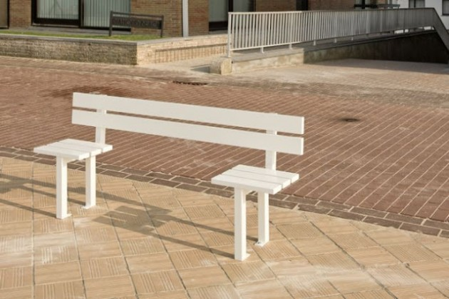 30 Eye Catching Public Benches