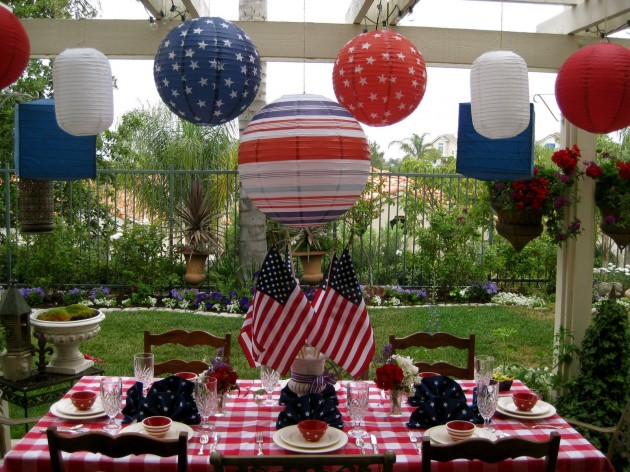 thecraftyhostess._com_tag=red-white-blue-table-decor