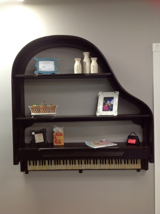 theperfectpairantiquesandsalon.wordpress._com_tag_piano-shelf_