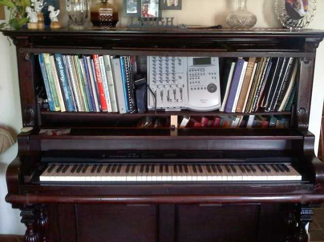 tomorrowsantiques_com_repurposed-antique-upright-piano_