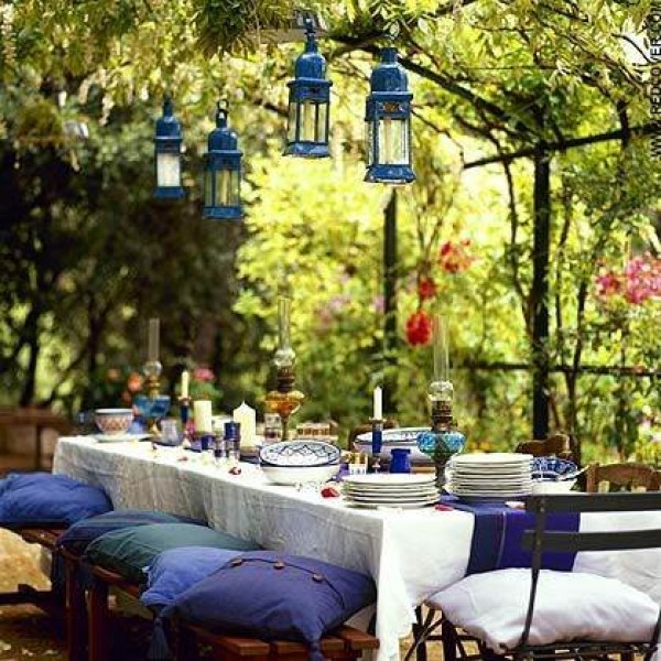 30 Delightful Outdoor Dining Area Design Ideas