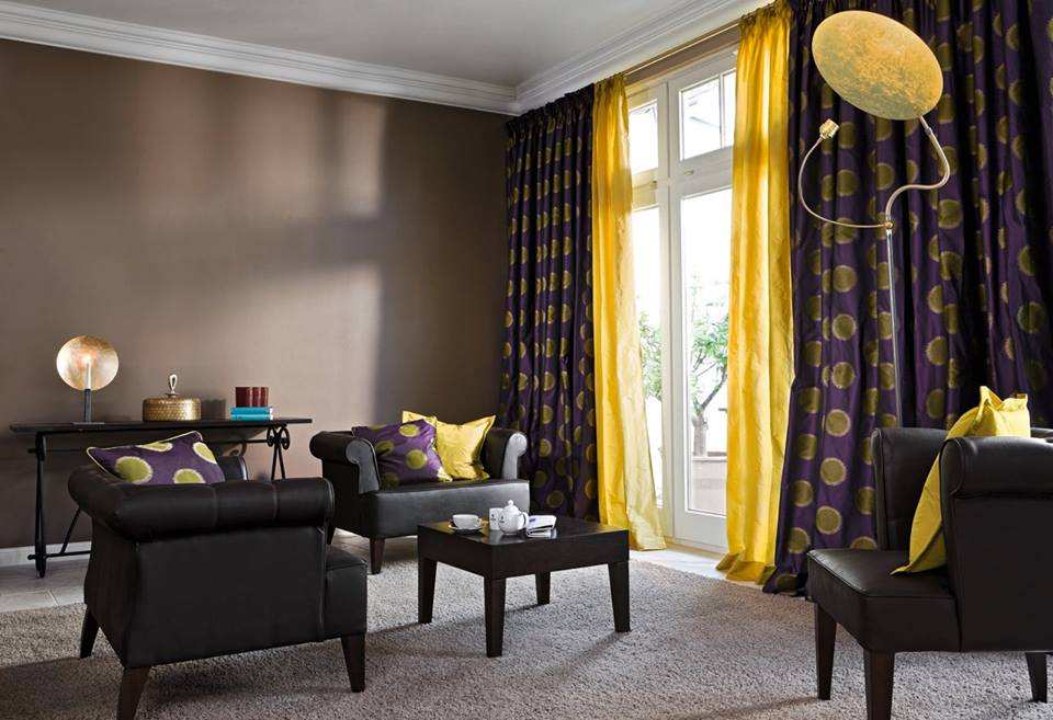 & 20 Chic Interior Designs With Yellow Curtains