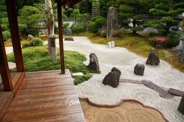 30 Magical Zen Gardens on zen foyer, zen den, zen backyard,