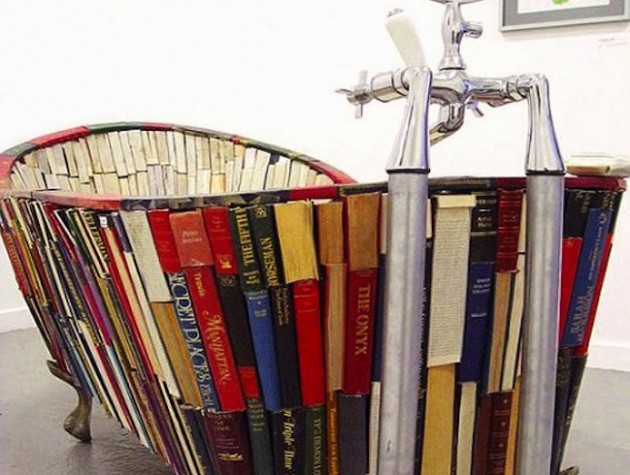 20 Repurposed DIY Vintage Books Ideas