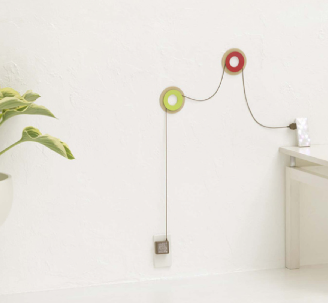 15 creative ideas how to hide the cables in your home - Boite pour cacher les cables ...