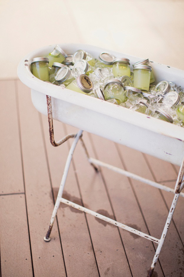 13 DIY Repurposed Bathtubs