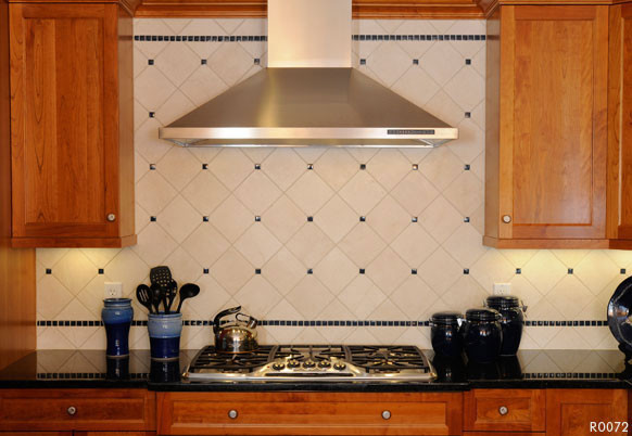 40 Extravagant Kitchen Backsplash Ideas for a Luxury Look