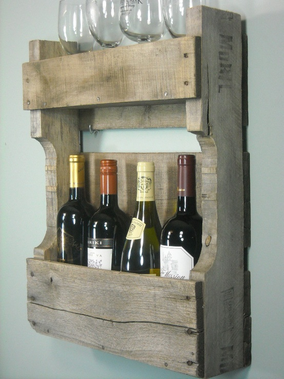 Small Pallet Wine Rack