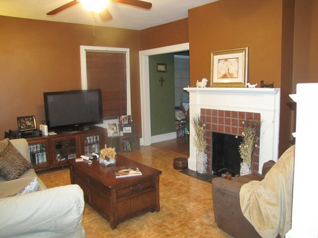 talltalesfromasmalltown.blogspot._com_2013_03_home-improvements-living-room-before.__html