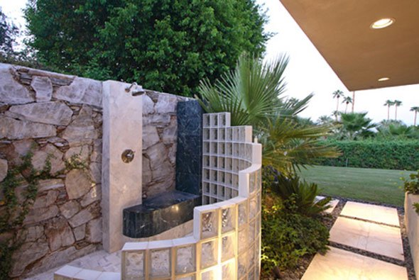 Wonderful 25 Fabulous Outdoor Shower Design Ideas