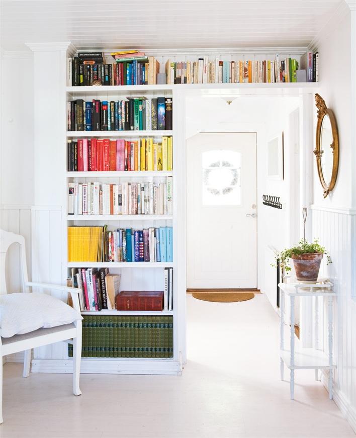 """Новости мирового дизайна мебели и интерьеров """" книжный шкаф."""