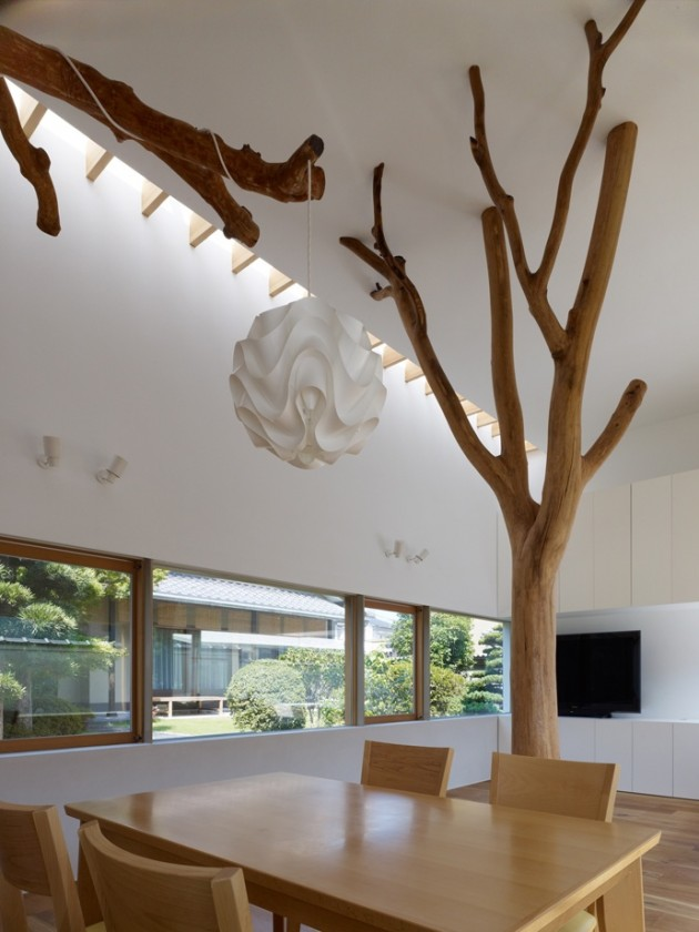 18 Incredible Houses with Trees in them