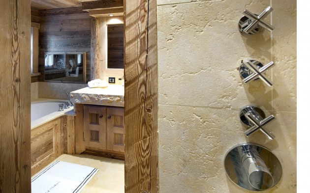 Chalet Le Petit Chateau in Courchevel - Breathtaking Masterpiece in the French Alps