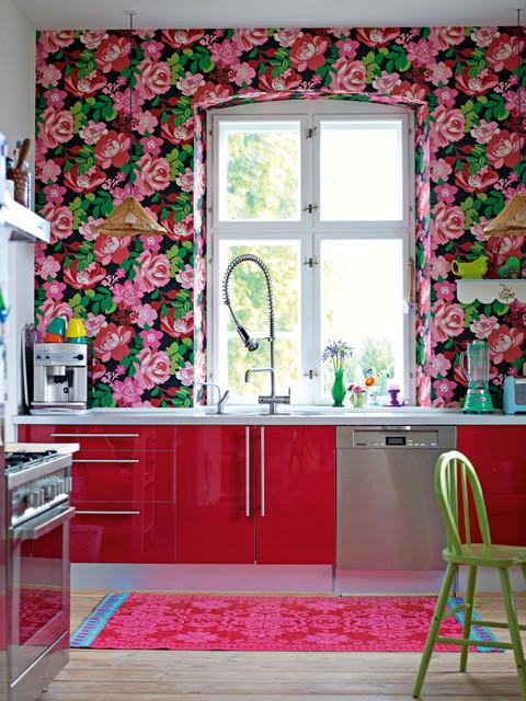 20 Adventurous Examples of Accented Interiors
