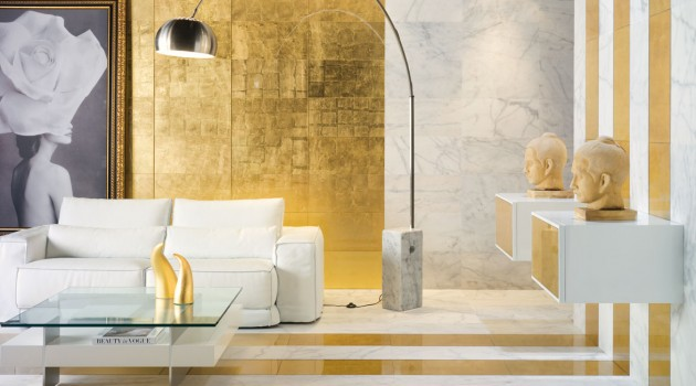 30 Glamorous Interiors with Golden Touch