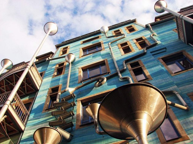 Musical Façade GUTTER FUNNEL WALL, DRESDEN, GERMANY