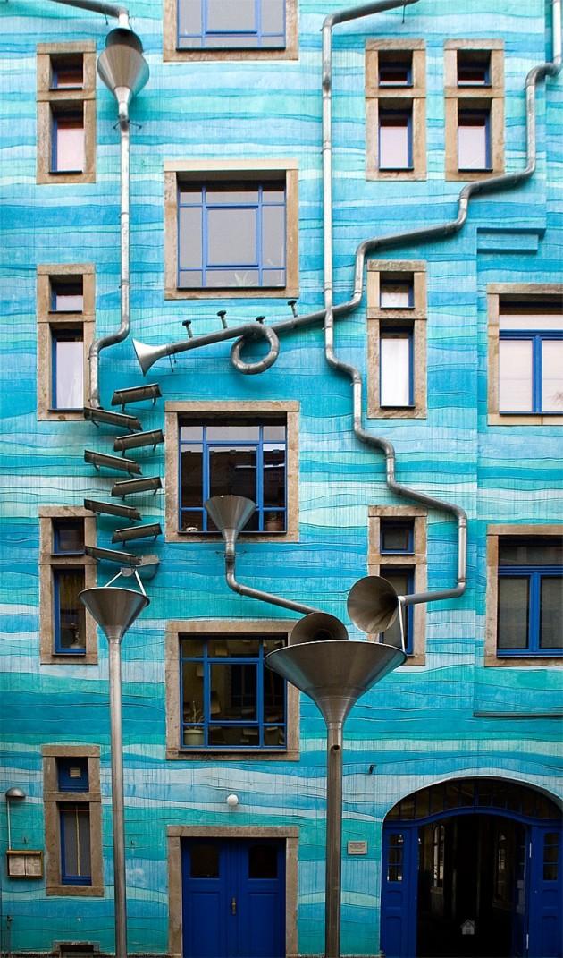 Musical Façade GUTTER FUNNEL WALL, DRESDEN, GERMANY