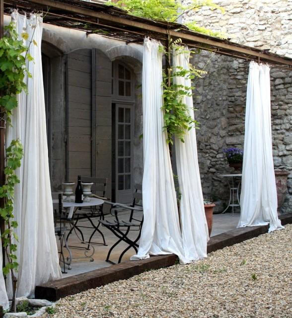 23 Wonderful Outdoor Curtains Ideas